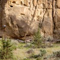 Rope de Dope climbing area.- Smith Rock State Park