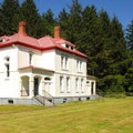 Lighthouse Keepers' Residences (now vacation rentals).- North Head Lighthouse + Bell's View