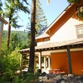 National Park Inn.- Longmire + National Park Inn