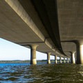 The I-205 bridge.- Columbia River: Hayden Island to Lemon Island