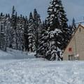 Winter cabin at the trailhead.- Skyline Lake
