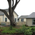 Point Montara Lighthouse Hostel structures and grounds. - Point Montara Lighthouse Hostel