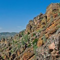 The Bench Trail and High Peaks Loop, Pinnacles National Monument. - Bench Trail to High Peaks Loop