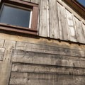 Joinery of the Men's Dwelling House in Fort Nisqually.- Fort Nisqually Living History Museum