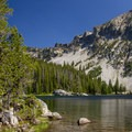 Shores of Summit Lake.- Elkhorn Crest Trail: Lost Lake + Summit Lake