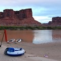 Proud bluffs and sandy landings on the Green River.- Green River, Labyrinth Canyon