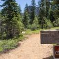 Sierra Buttes Trailhead.- Sierra Buttes Trail