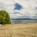 Warren G. Magnuson Park and Lake Washington.- Warren G. Magnuson Park