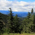 Views on the way to Red Top Lookout.- Red Top Lookout