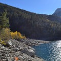 Looking at the steep shoreline traverse and the inlet to the right.- Lake Sabrina Loop Hike