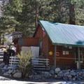 Glacier Lodge.- Glacier Lodge