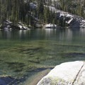 Edith Lake.- Edith Lake and Sand Mountain Divide