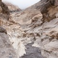 The Mosaic Canyon Trail in Death Valley National Park.- Mosaic Canyon Trail