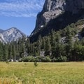 Phenomenal Kings Canyon views.- Zumwalt Meadow Loop
