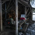 Warming hut at Farewell Bend Sno-Park.- Farewell Bend Sno-Park