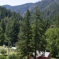 The Mule Creek Ranch is a wonderful historic stop along the trail. This ranch was home to the Billings family, some of the earliest settlers along the Rogue.- Rogue River Trail – Day 2