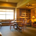 Sun Mountain Lodge library.- Sun Mountain Lodge
