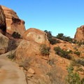 Setting out from the trailhead.- Devils Garden + Primitive Trail