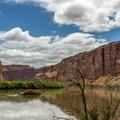The Colorado River near Moab.- Long Canyon