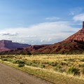 The drive through Castle Valley.- La Sal Mountains Scenic Loop