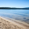 North Simax Beach, Crescent Lake.- Crescent Lake
