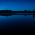 Getting an early start for the Diamond Peak hike. Summit Lake at dawn.- Diamond Peak, Marie + Rockpile Lakes