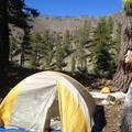 Camping in the Mount Eddy cirque.- Deadfall Lakes + Mount Eddy