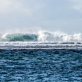 The strong surf coming into Tunnels Beach.- Tunnels Beach/Makua Beach