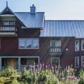 Callaghan Lodge.- Ring Lake Trail