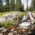 Middle Boulder Creek.- Diamond Lake