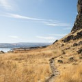 Horsethief Butte Hiking Trail at Columbia Hills Historical State Park.- Columbia Hills Historical State Park