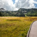 Take the right spur from the visitor center to reach the trailhead for Twin Lakes and Lake Solitude. - Twin Lakes Hike