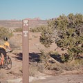 Trailmarker toward Circle O.- MOAB Brand Mountain Bike Trails: Circle O