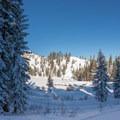 Frozen Echo Lake.- Echo Lake Snowshoe