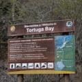 Tortuga Bay Trailhead.- Tortuga Bay
