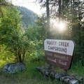 Beauty Creek Campground.- Beauty Creek Campground
