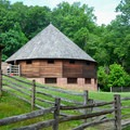 16-sided barn in the Pioneer Farm at Mount Vernon.- George Washington's Mount Vernon