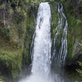 The impressive Lemolo Falls.- Lemolo Falls via the Lemolo Falls Trail
