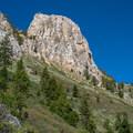 Mammoth Rock.- Mammoth Rock Trail