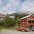 Kennicott Glacier Lodge.- Kennicott Glacier Lodge