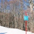 An off-track sign along the snowshoe route.- Rifugio La Fossa Snowshoe, Monte Terminillo