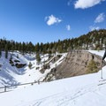 Skiing along the Inyo Craters.- Inyo Craters