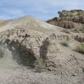 A sandy slope in Owl Canyon.- Owl Canyon hike