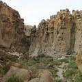 The Hole-In-The-Wall Formation near Barber Peak.- Barber Peak Loop