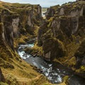 The Fjaðrá weaves through the canyon.- Fjaðrárgljúfur