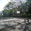 Basketball courts.- Moanalua Valley Neighborhood Park