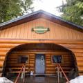 The Lost Lake warming hut.- Lost Lake Park
