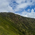 Looking toward the summit and the West Rim.- Koko Crater Rim Trail