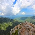 Panoramas along the trail to Charlie's Bunion.- Charlie's Bunion