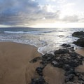 Po'olenalena Beach Park with Molokini and Kaho'olawe island in the distance. - Po'olenalena Beach Park